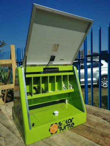 Juro Solar Powered Phone Charging Briefcase 9