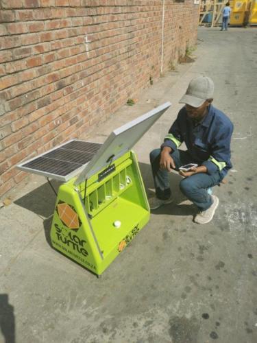 Juro Solar Powered Phone Charging Briefcase 8